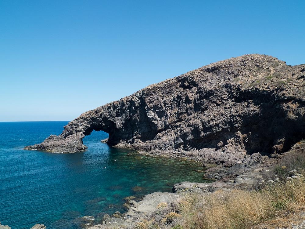 l'Arco dell Elefante Pantelleria