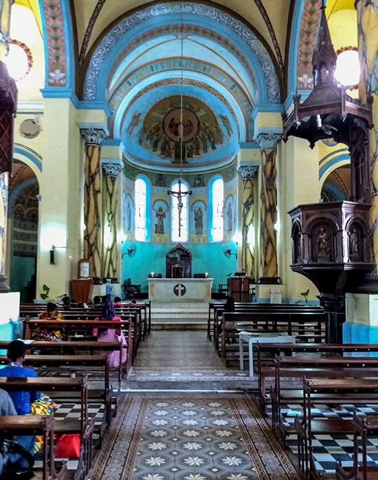 église dans le quartier de stone town