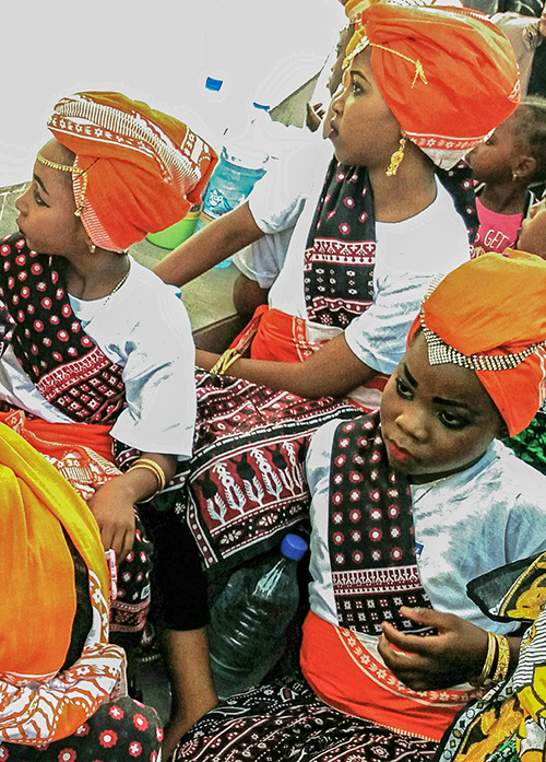 spectacle traditionnel à zanzibar