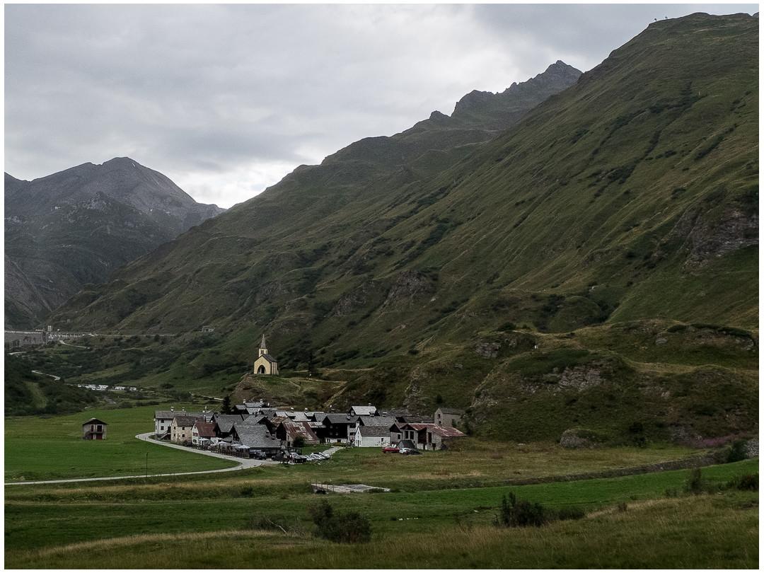 Vue du village de Riale dans le Piémont